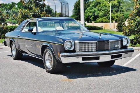 1975 Oldsmobile Cutlass na prodej