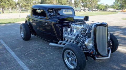 1933 Ford Coupe na prodej