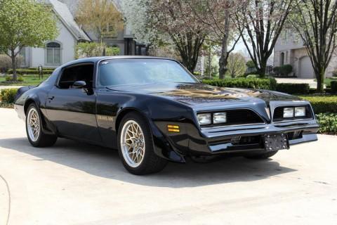 1977 Pontiac Firebird na prodej