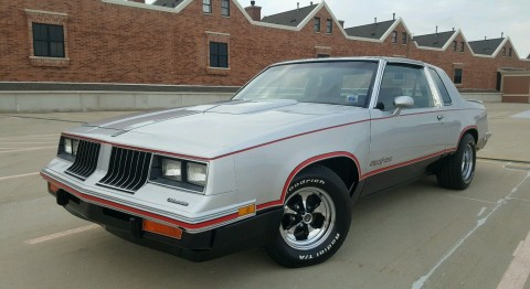 1984 Oldsmobile Cutlass Hurst na prodej