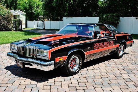 1977 Oldsmobile Cutlass Supreme na prodej