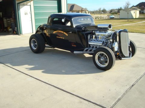 1933 Ford Three Window Coupe na prodej