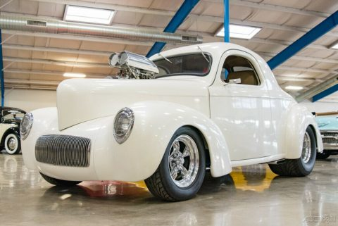 1941 Willys Coupe na prodej