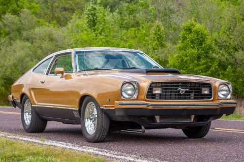 1977 Ford Mustang na prodej
