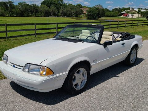 1993 Ford Mustang Convertible na prodej